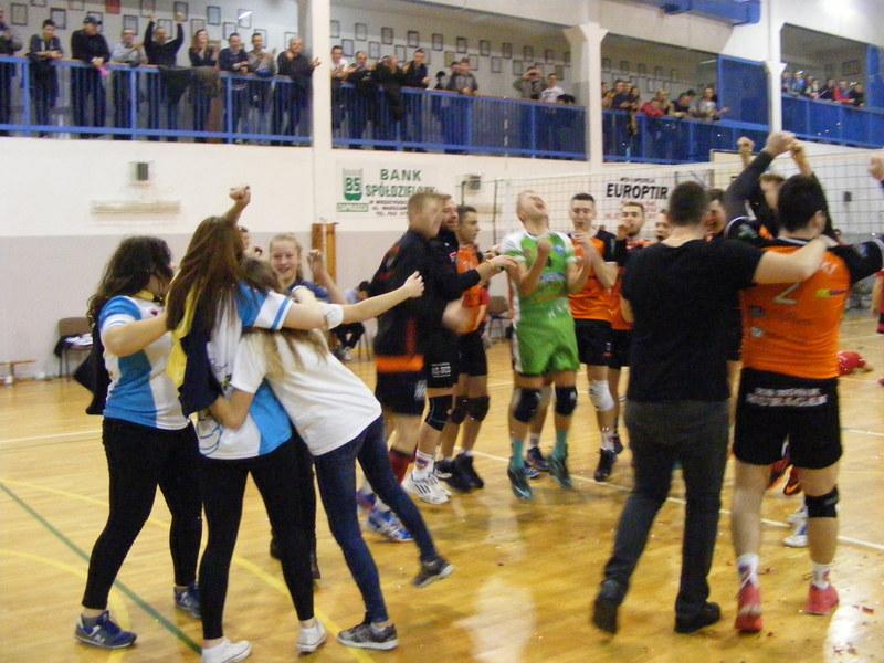 Radocha z największego sukcesu seniorskiej siatkówki w Międzyrzecu Podlaskim