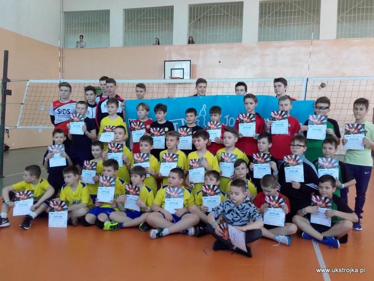 Finaliści Turnieju Dwójek Kinder+Sport Biała Podlaska.